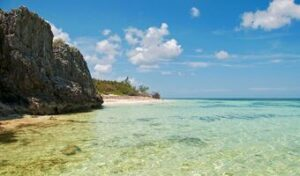 picture of a secluded beach and sea