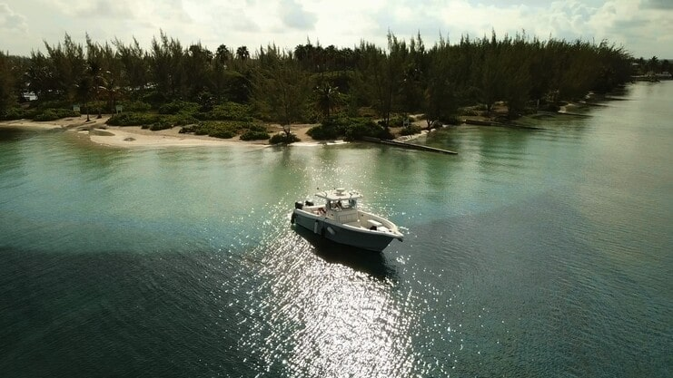 picture of boat at starfish point