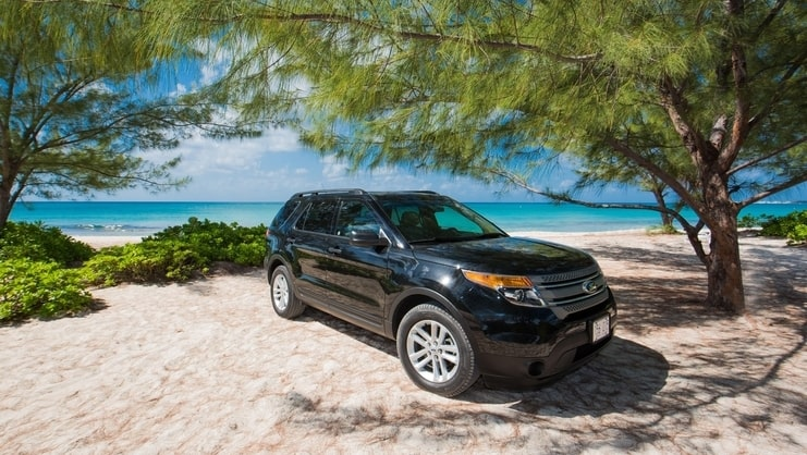 picture of a car on a beach
