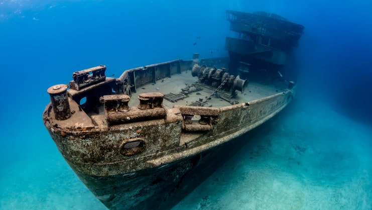 picture of the kittiwake shipwreck underwater