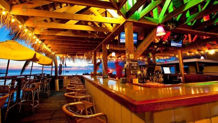 picture of bar at cayman cabana